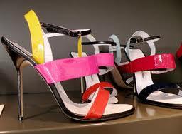 colorful shoes bg